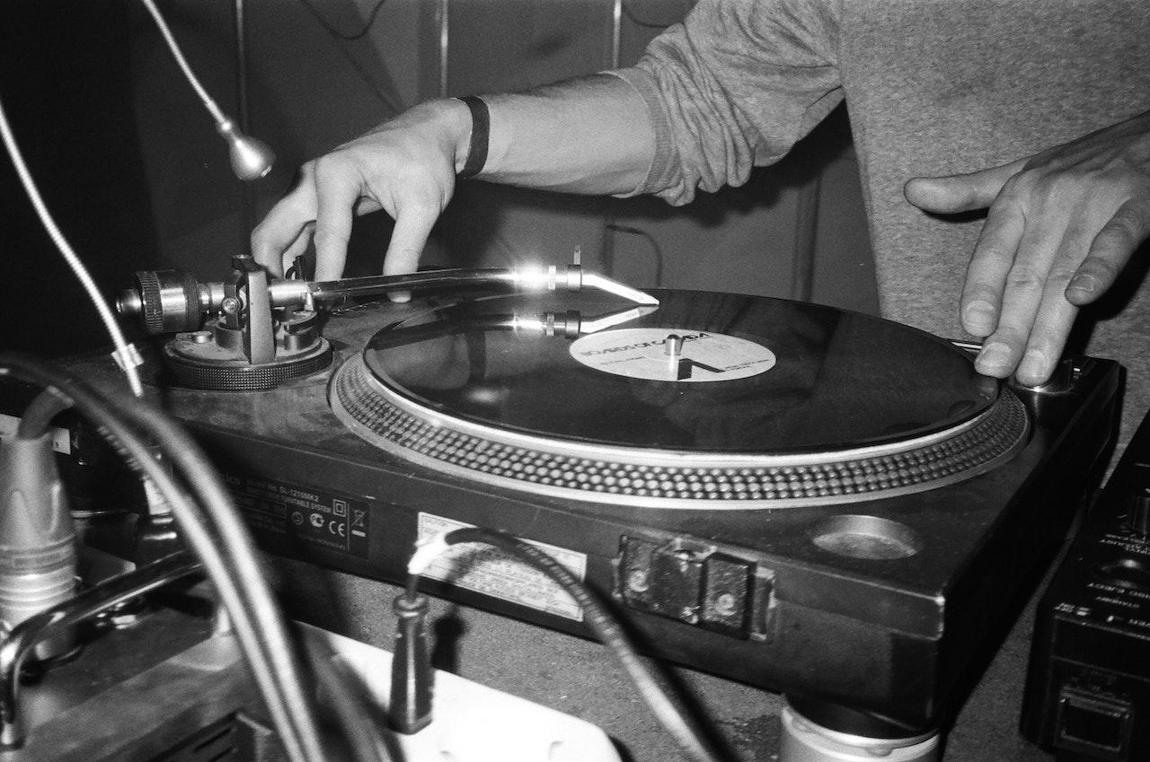 DJ Charts